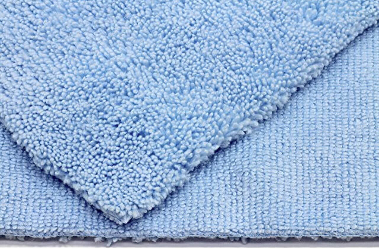 GreenZ Edgeless Microfiber Towel for Car Cleaning